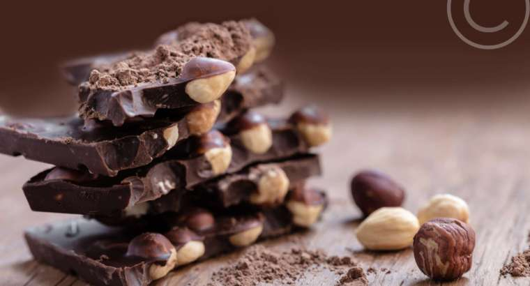 Top Five Best Organic Chocolates for Valentine's Day!